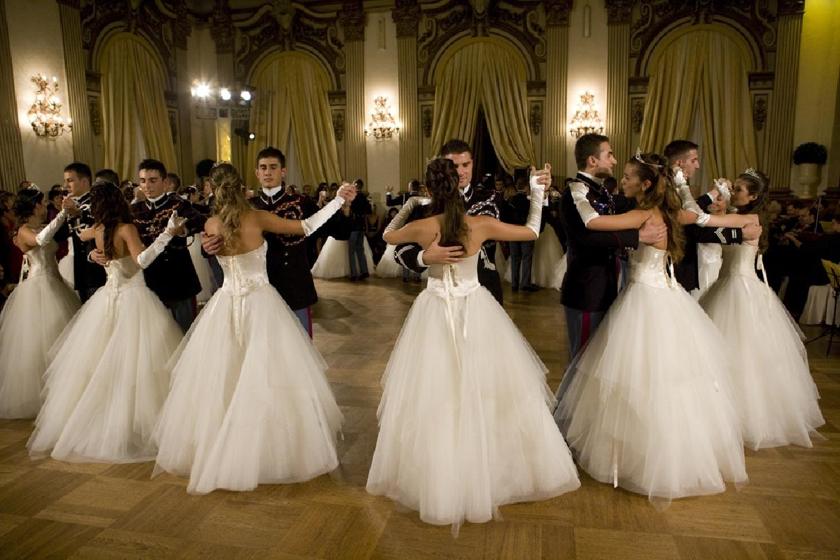 танцы цветов фото